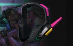 Razer and his new headphones inspired by D.Va de Overwatch